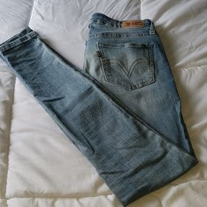 Levi's light blue jeans